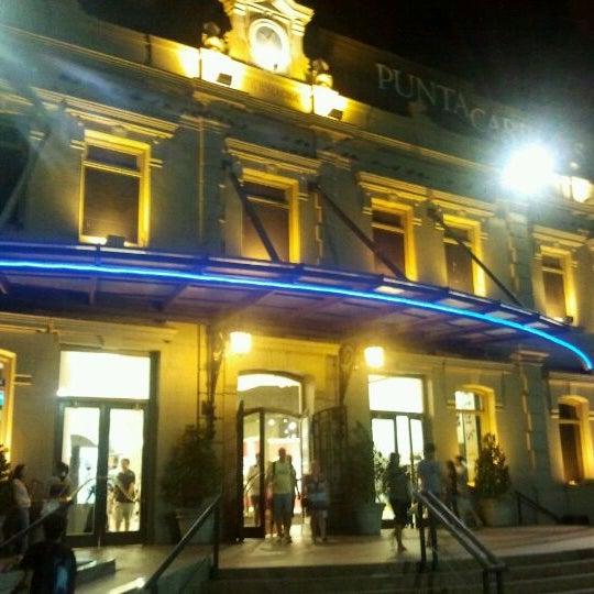 Foto tirada no(a) Punta Carretas Shopping por André T. em 1/21/2012