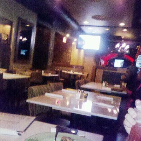 11/10/2011 tarihinde Kathy H.ziyaretçi tarafından Union Cafe'de çekilen fotoğraf