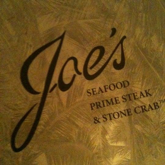 10/20/2011にjon a.がJoe's Seafood, Prime Steak & Stone Crabで撮った写真