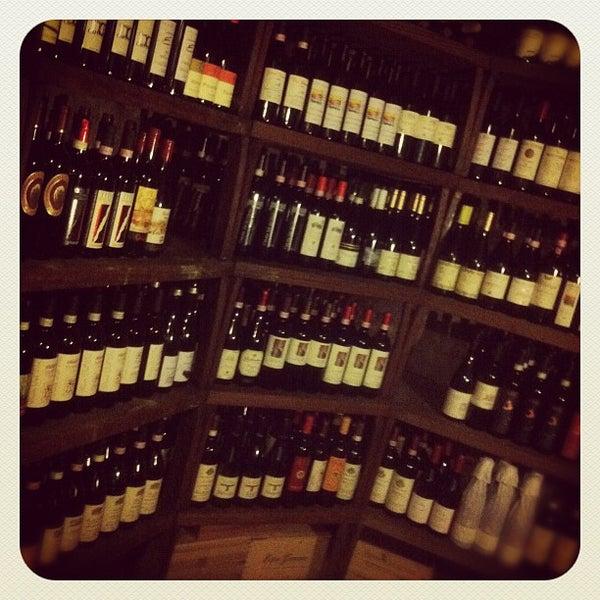 Foto diambil di Parlapà Enoteca & Ristorante oleh Mauro R. pada 9/5/2012