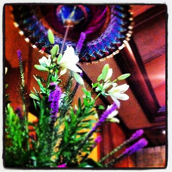 รูปภาพถ่ายที่ Thai Barcelona | Thai Gardens โดย Thai Barcelona | Royal Cuisine เมื่อ 7/27/2012