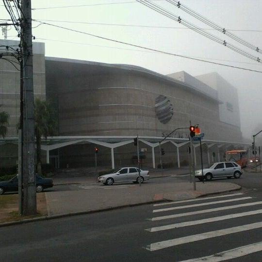 3/13/2012 tarihinde Maicon P.ziyaretçi tarafından Shopping Palladium'de çekilen fotoğraf