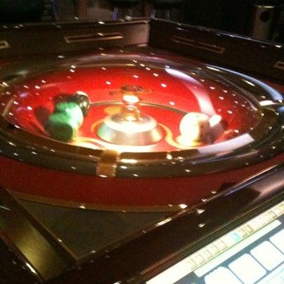 Das Foto wurde bei Casino Life von Ibrahin am 9/13/2012 aufgenommen
