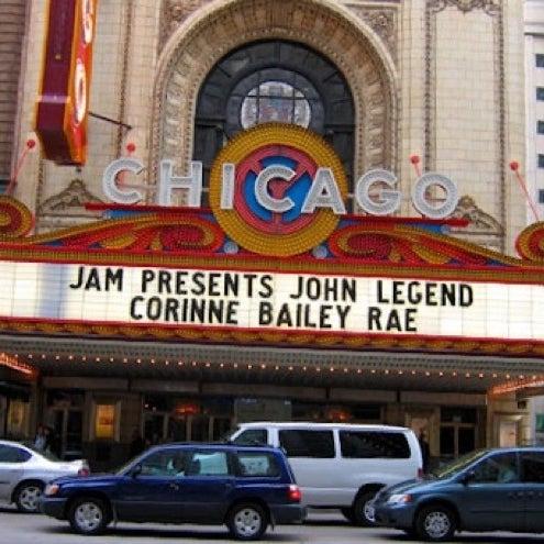 7/29/2012에 Thomas L.님이 The Chicago Theatre에서 찍은 사진