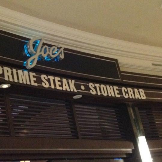 8/2/2012にHarlemGal -.がJoe's Seafood, Prime Steak & Stone Crabで撮った写真
