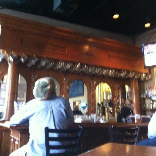 รูปภาพถ่ายที่ Hop Valley Brewing Co. โดย Gary P. เมื่อ 3/23/2012