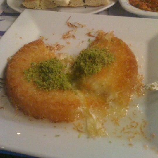 Foto diambil di Topçu Restaurant oleh melisa s. pada 8/17/2011
