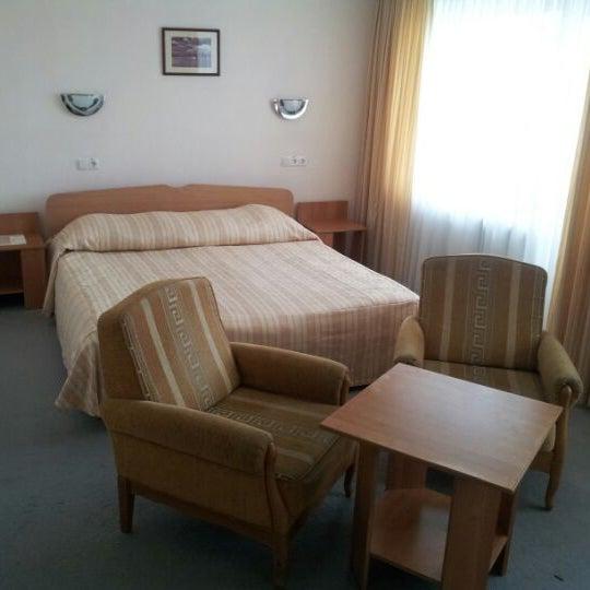6/3/2012 tarihinde Alex3nziyaretçi tarafından Готель «Славутич»  / Slavutych Hotel'de çekilen fotoğraf