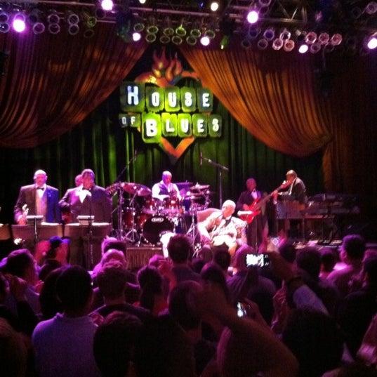 Foto diambil di House of Blues oleh Tyler F. pada 3/23/2012