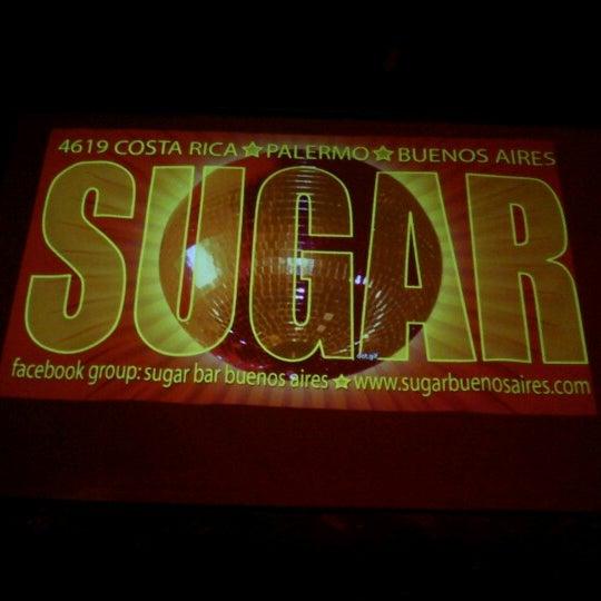 8/21/2012 tarihinde Rodrigo C.ziyaretçi tarafından Sugar Bar'de çekilen fotoğraf