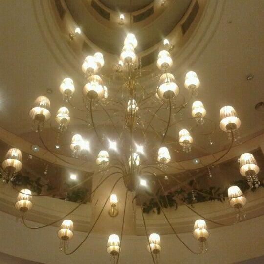 Das Foto wurde bei InterTower Hotel von Romina M. am 11/1/2011 aufgenommen