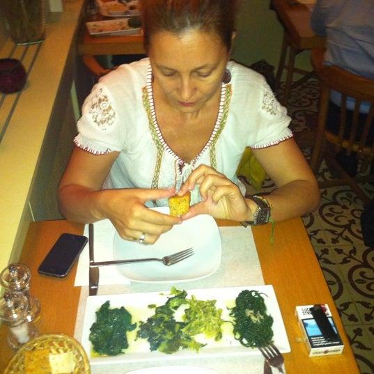 Foto tomada en Sıdıka Meze Restoranı por Kerem Y. el 9/21/2011