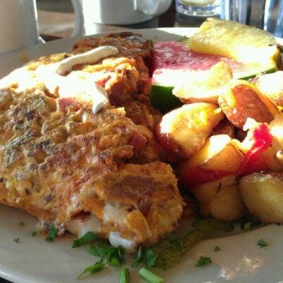 Photo prise au Breakfast Club par Jeff D. le11/6/2011
