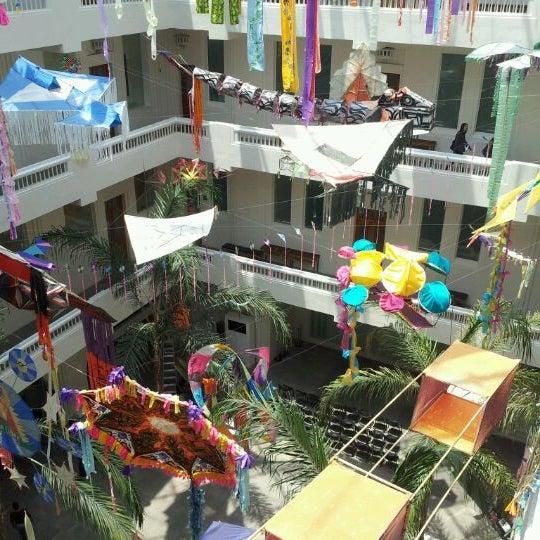 Снимок сделан в Museo de Arte Popular пользователем Emmanuel P. 4/14/2012