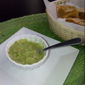 Foto tirada no(a) The MexZican Gourmet por Rosemy S. em 4/5/2012