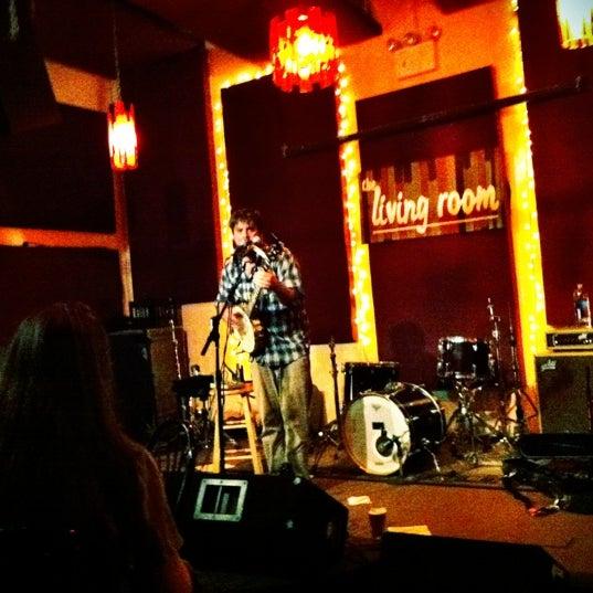 Снимок сделан в The Living Room пользователем Christen D. 9/8/2012