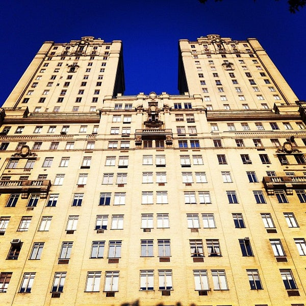 San Remo Apartments: Building In Upper West Side