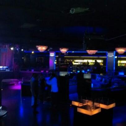Das Foto wurde bei The Sutton Club von Danu C. am 6/8/2012 aufgenommen
