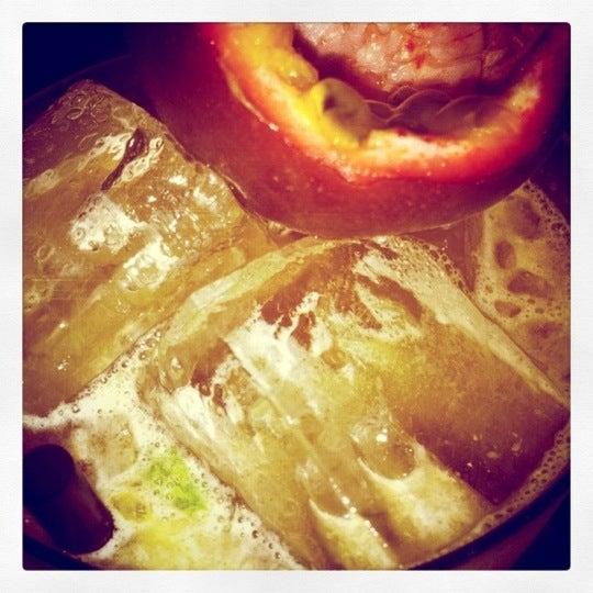 Foto scattata a Grandma's Bar da Jess N. il 2/2/2011