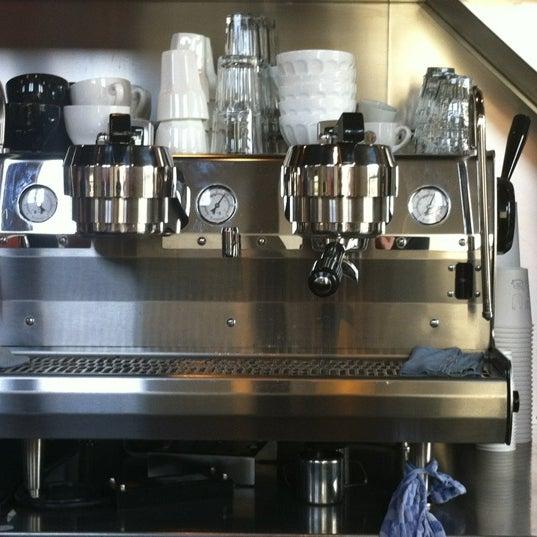 Foto scattata a Espressofabriek da Dirk v. il 2/17/2012