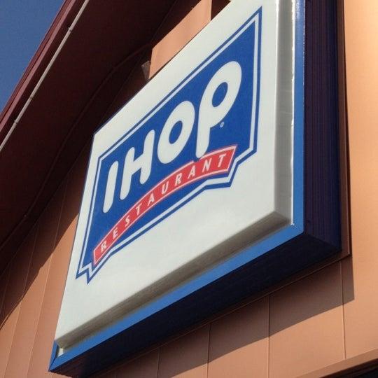 IHOP - Breakfast Spot