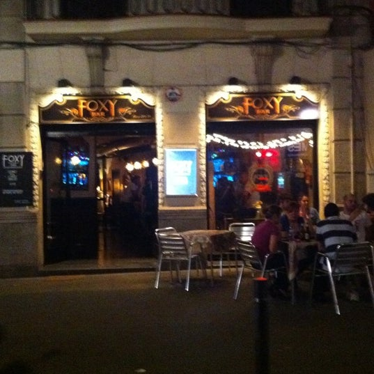 Foto diambil di Foxy Bar oleh Meruschka pada 9/26/2011