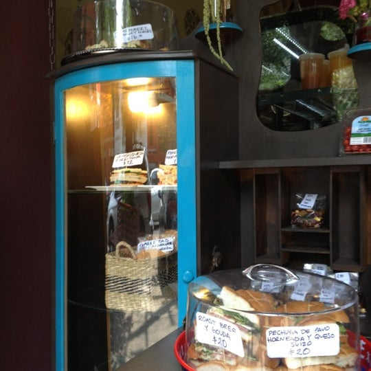 4/17/2012 tarihinde Roy S.ziyaretçi tarafından GourmArt'de çekilen fotoğraf