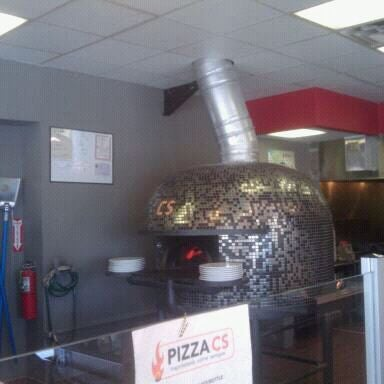 Снимок сделан в Pizza CS пользователем Chris F. 4/5/2012