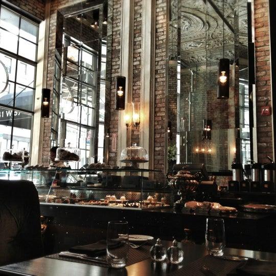 Foto tomada en Brasserie Pushkin por Nicholas el 8/12/2012