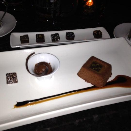 3/23/2012 tarihinde Joe M.ziyaretçi tarafından Co Co. Sala'de çekilen fotoğraf