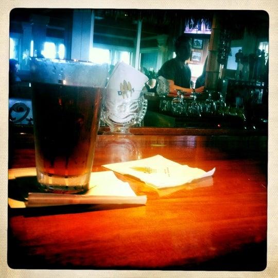 Foto tomada en Duke's por Raj S. el 4/17/2011
