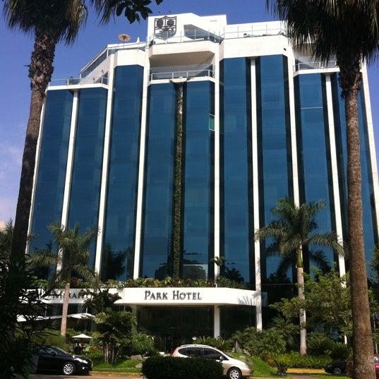 Das Foto wurde bei Belmond Miraflores Park von Jose C. am 3/17/2012 aufgenommen