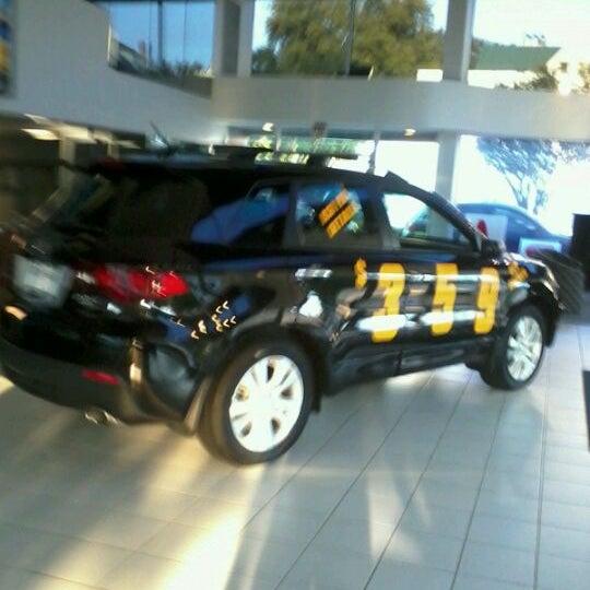 Снимок сделан в Southern Motors Acura пользователем Brian B. 9/2/2011