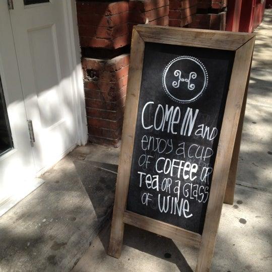 Photo prise au Haven's Kitchen par Nell A. le5/4/2012
