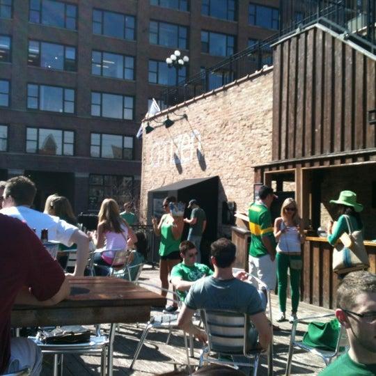 Photo prise au Citizen Bar Chicago par Zach B. le3/17/2012