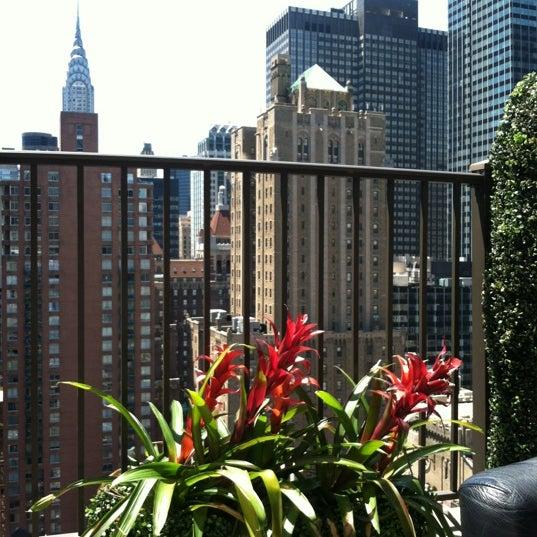 รูปภาพถ่ายที่ Upstairs โดย Nicole A. เมื่อ 6/16/2012