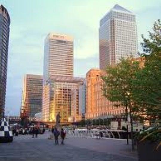 Foto scattata a Canary Wharf da Sonali F. il 5/16/2012