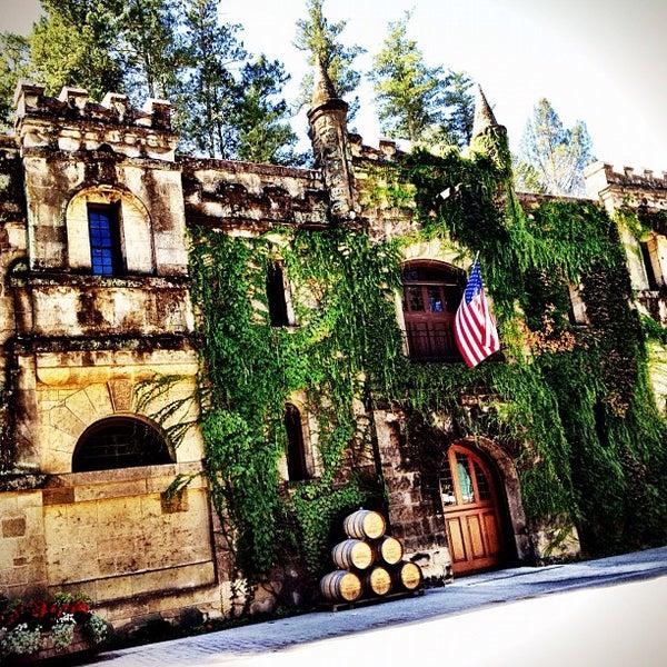 Снимок сделан в Chateau Montelena пользователем Joshua S. 9/8/2012