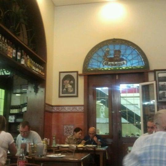 Foto diambil di Gambrinus oleh Thiago E. pada 4/17/2012