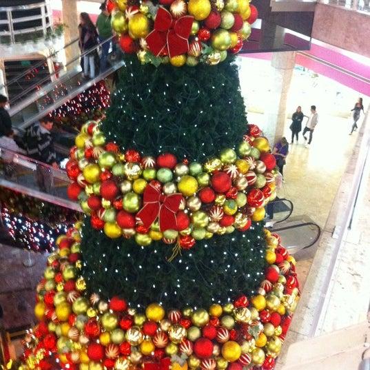 11/19/2011 tarihinde Eduardo T.ziyaretçi tarafından Shopping Center Penha'de çekilen fotoğraf