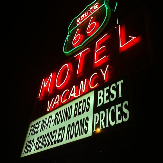 Photo prise au Route 66 Motel par Raphael M. le4/18/2012