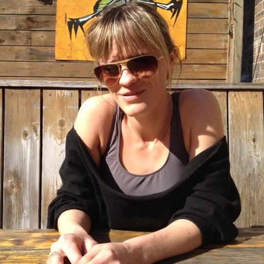 Foto scattata a Shanghai Cowgirl da Michelle M. il 3/19/2012