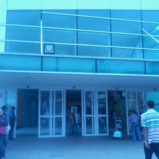 Das Foto wurde bei Shopping Campo Limpo von Ricardo C. am 1/22/2012 aufgenommen