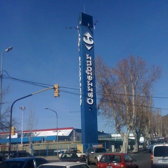 Carrefour Hipermercado En Villa Nueva