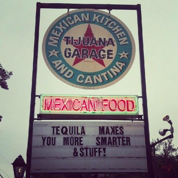 7/18/2012にJoshua C.がTijuana Garageで撮った写真