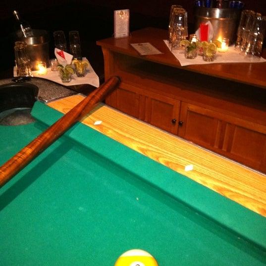 Foto tirada no(a) Bar Nine por Joseph G. em 4/6/2011
