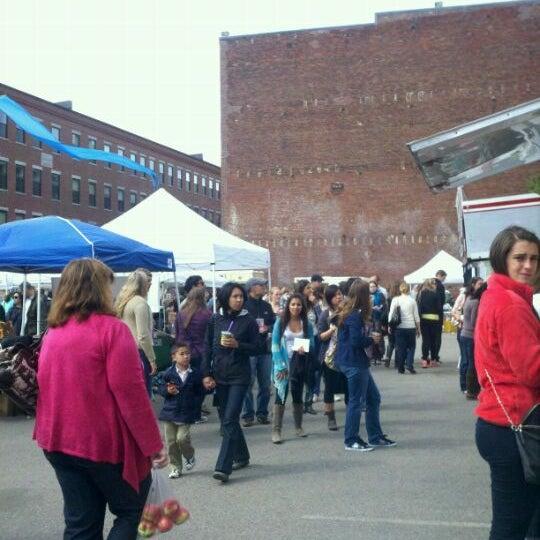 Foto tirada no(a) South End Open Market @ Ink Block por Kate H. em 9/18/2011