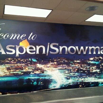 Photo prise au Aspen/Pitkin County Airport (ASE) par Miche M. le1/25/2012