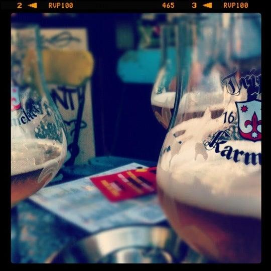 Foto scattata a Zebra Bar da Michel C. il 9/4/2012