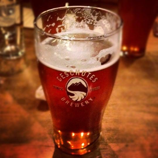 Снимок сделан в Deschutes Brewery Bend Public House пользователем Jason S. 2/25/2012